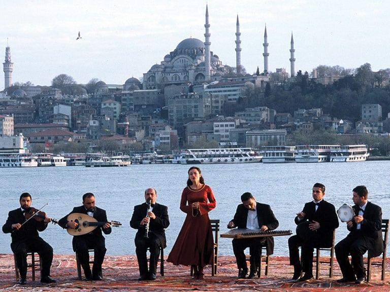 Crossing the Bridge Movie Turkey