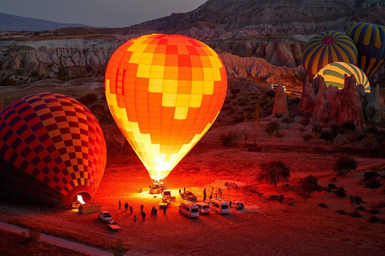 Cappadocia Balloons Getting Ready