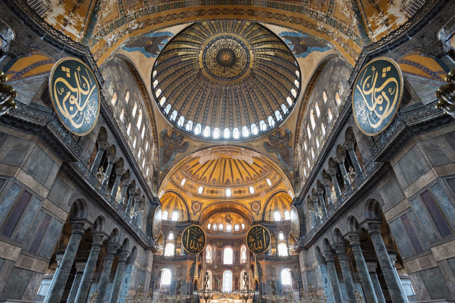 Hagia Sophia Istanbul: The Masterpiece of All Times