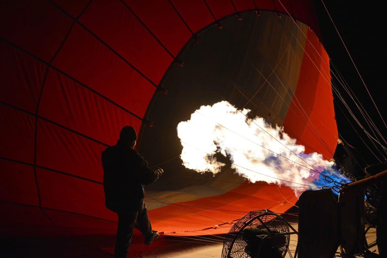 Tour Photos Cappadocia balloon preparation