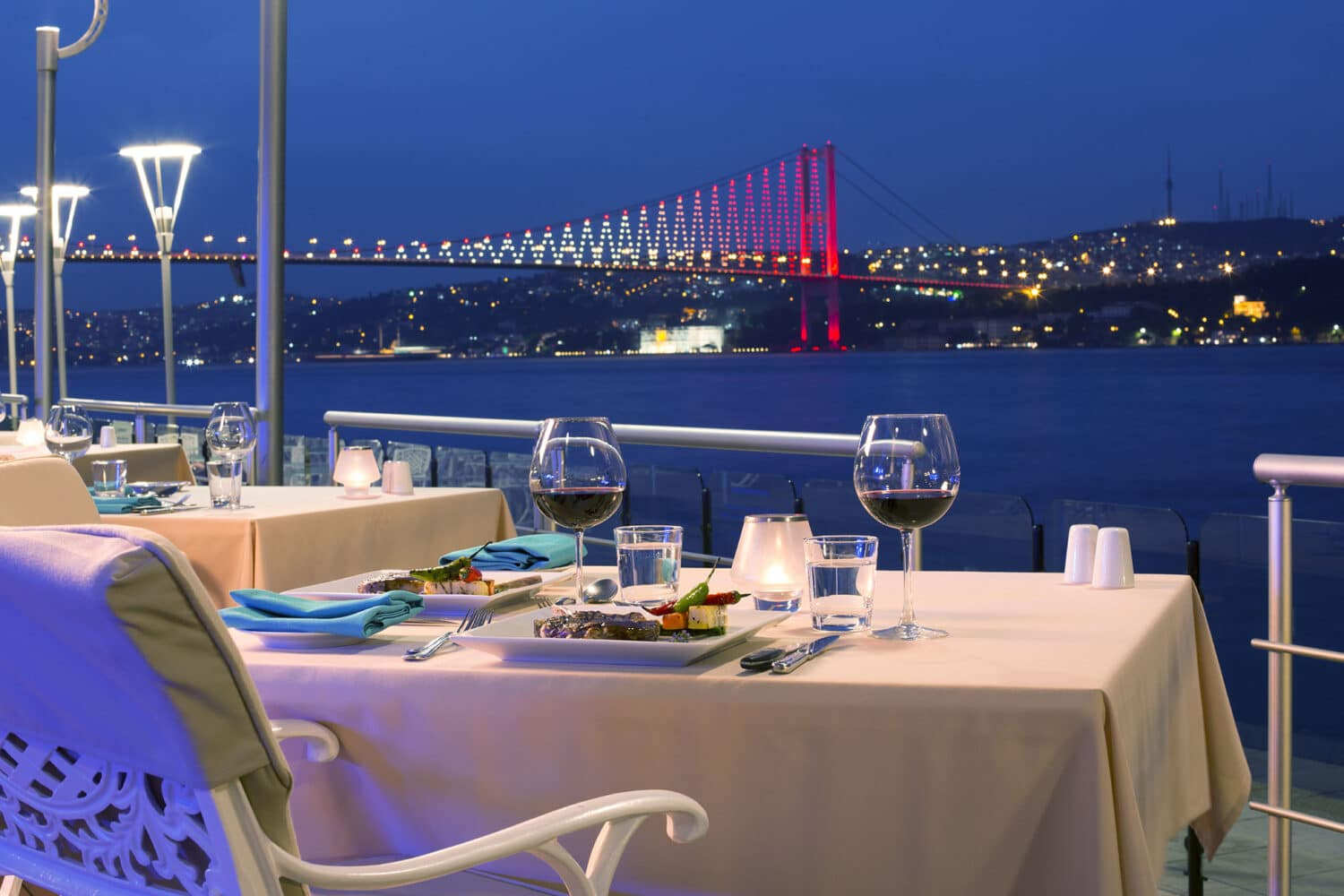 Istanbul Honeymoon Dinner Bosphorus