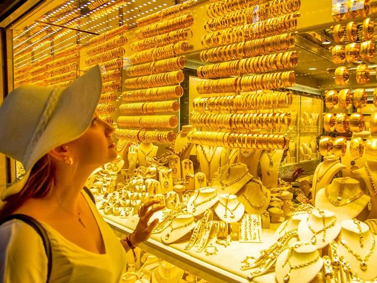 Solo Traveler at Grand Bazaar Jewelry Shops