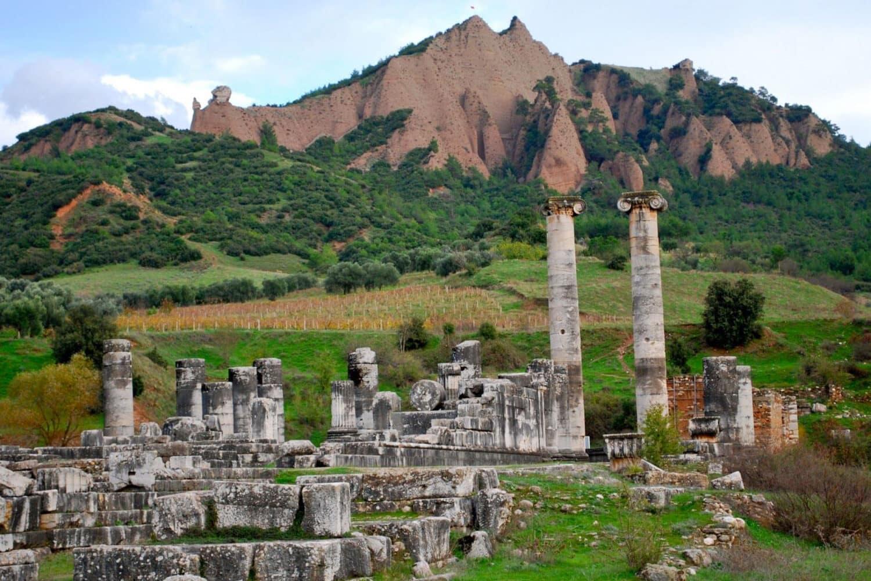 Tour Photos Thyatira Church